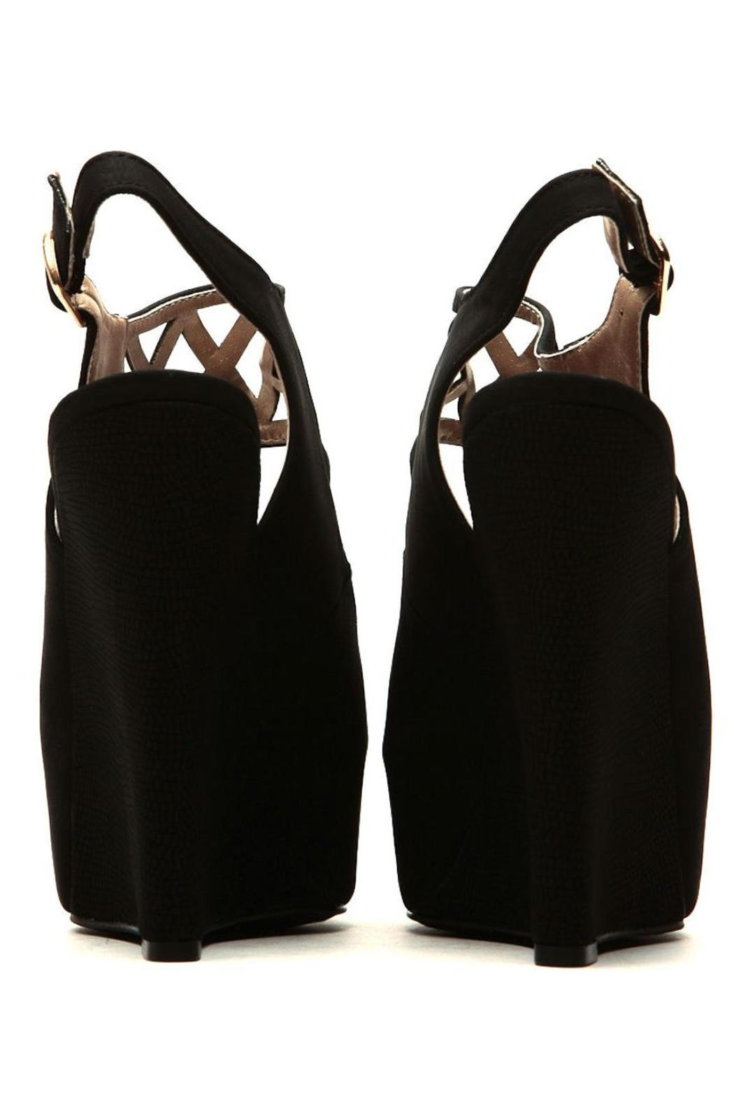 Qupid Cut Out Wedges - Side Cropped Image