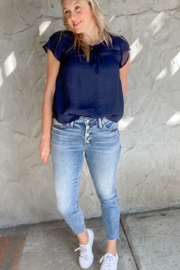 Silver Jeans Co. 4 Button Summer Denim Jeans - Front cropped