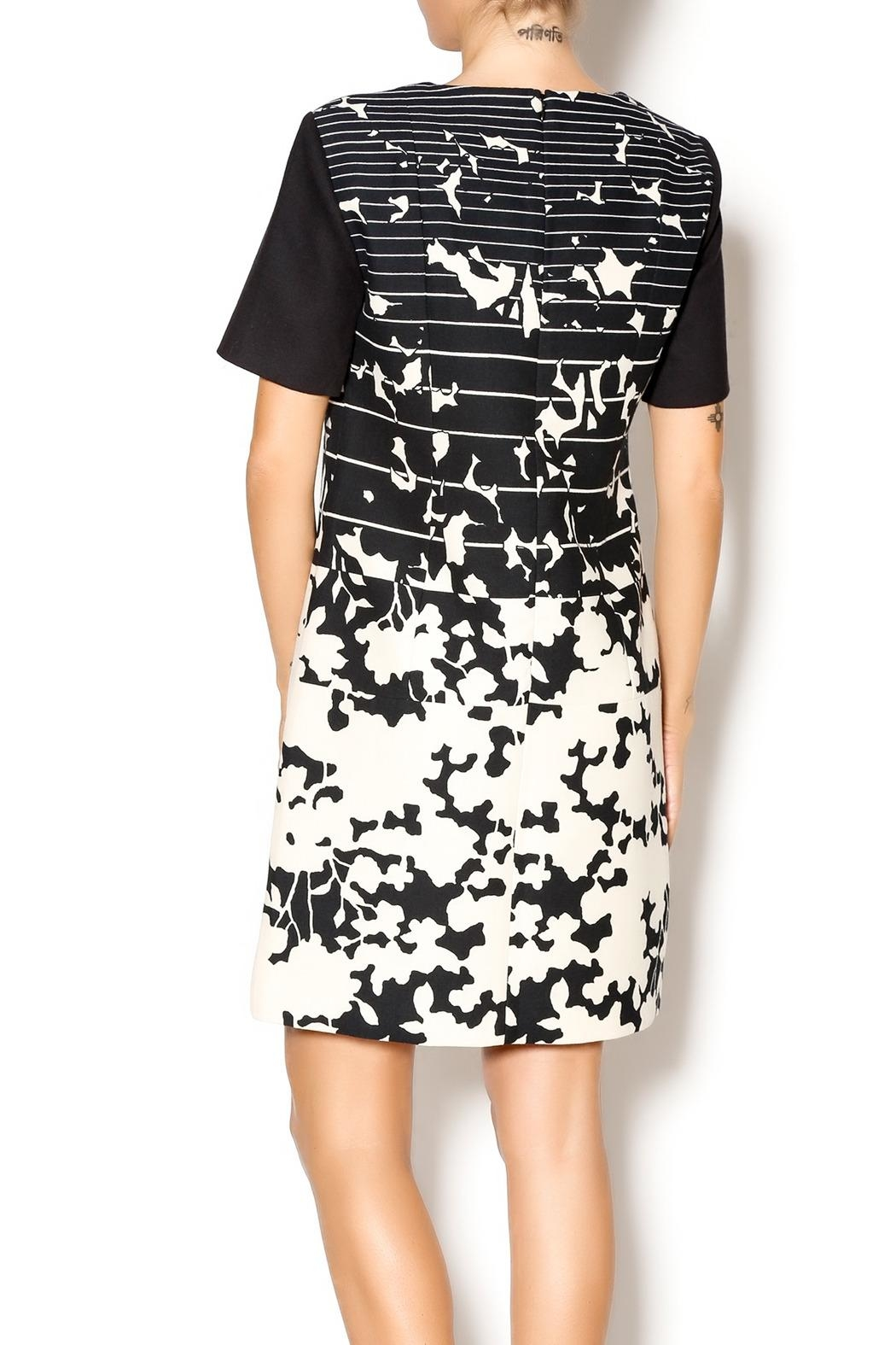 4.Collective Short-Sleeve Printed Dress - Front Full Image