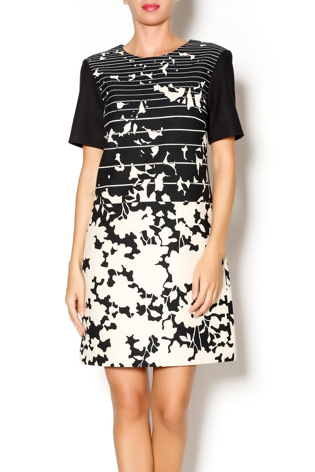 4.Collective Short-Sleeve Printed Dress - Main Image