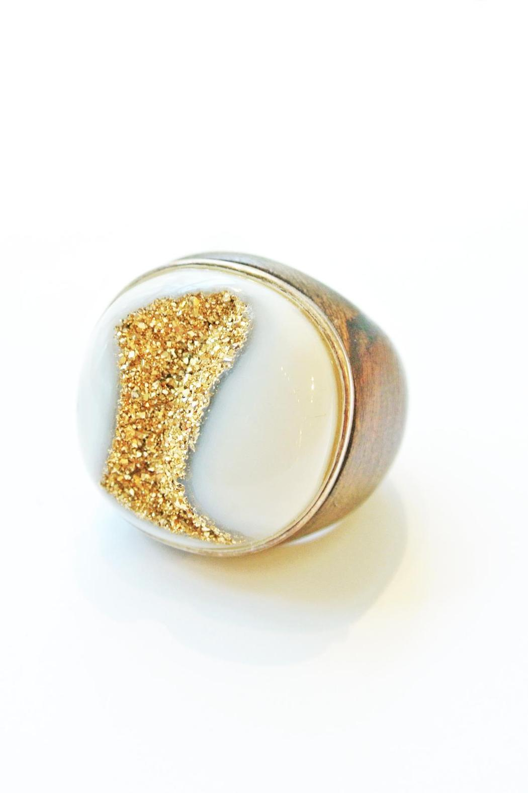how to make a wooden ring with jewels