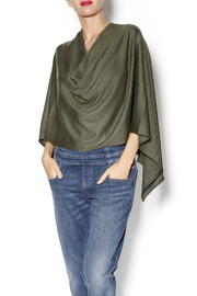 Kerisma Eden ll Poncho - Front cropped