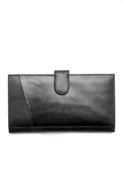I.L.I. Black Travel Wallet - Front cropped