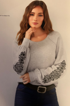 Karen Kane 4l24141 - Print Sleeve Top - Alternate List Image