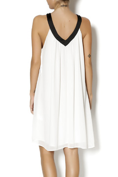 Byrds White & Black Tunic - Alternate List Image