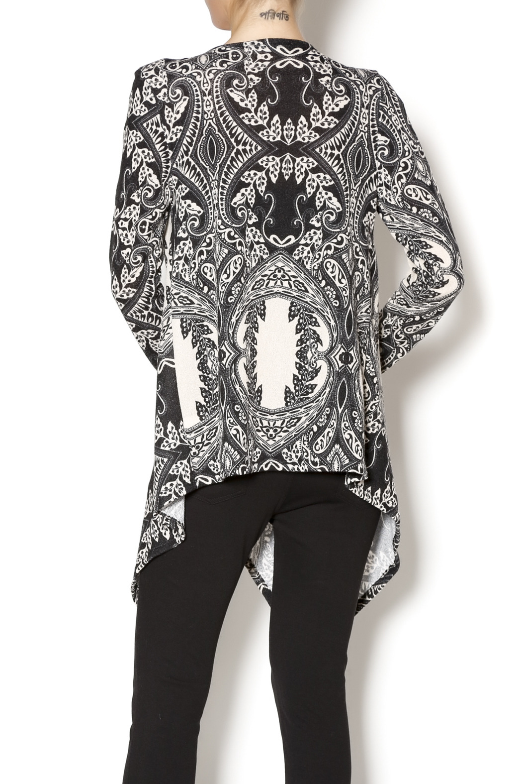 85cf9875e9e015 Million Bullpup Paisley Print Kimono from Brooklyn by BB Collective ...