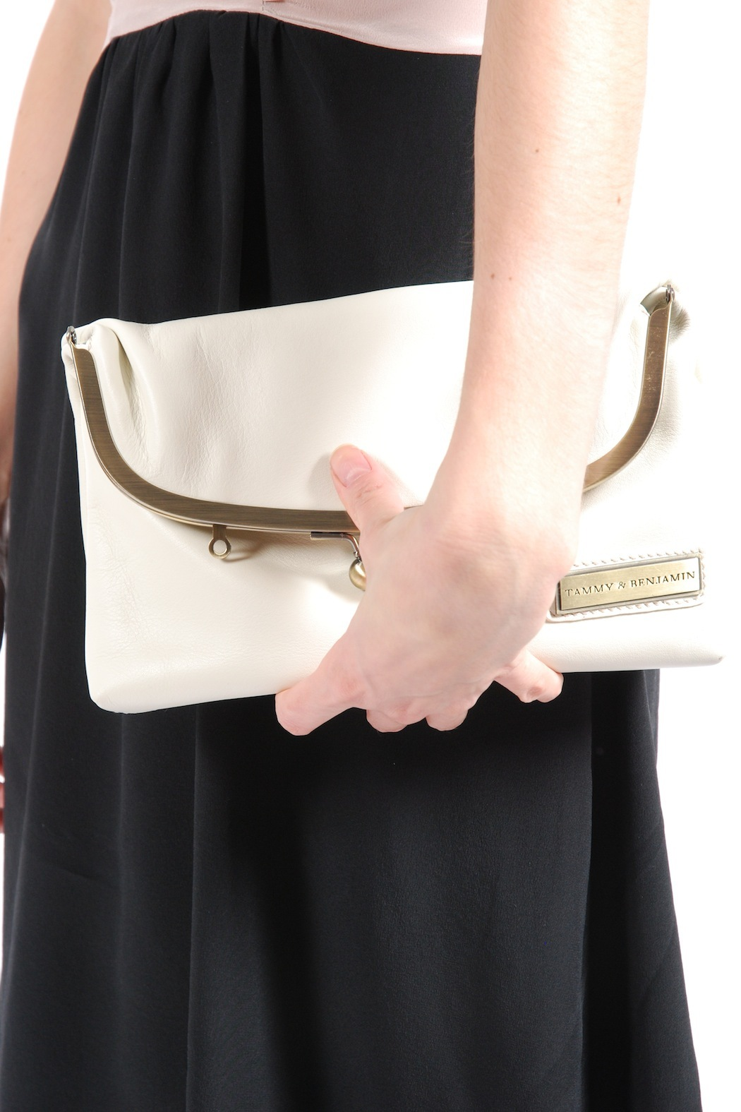Tammy & Benjamin Single Clasp Leather Bag - Side Cropped Image
