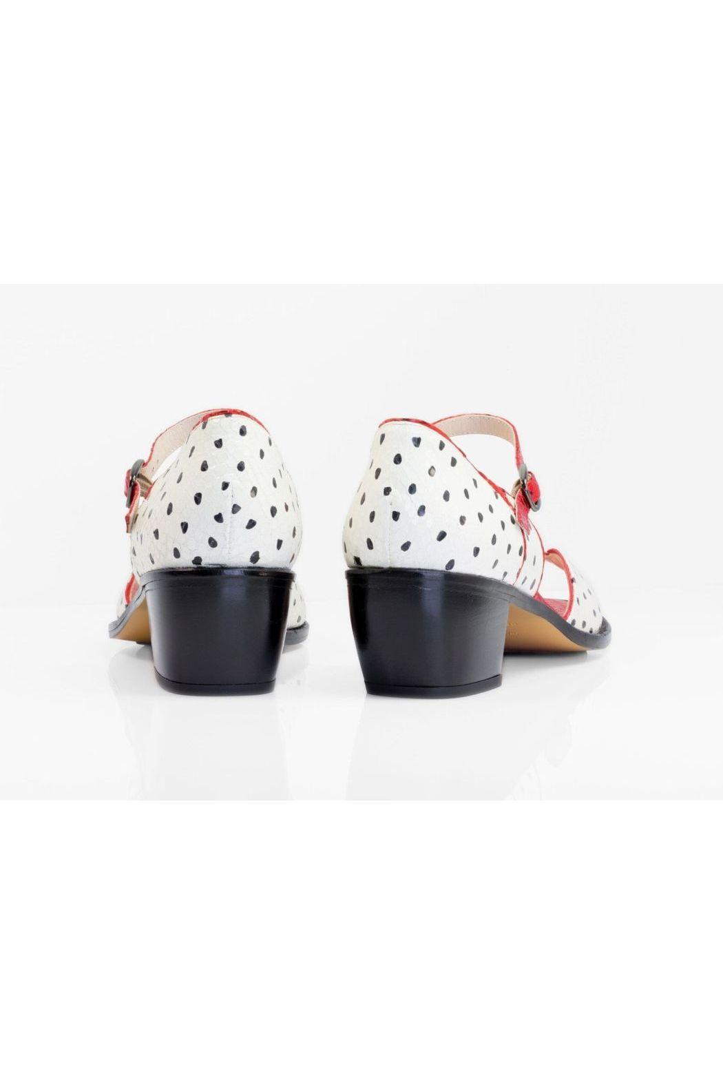 5yMedio Carlota White Black Red Sandals - Side Cropped Image