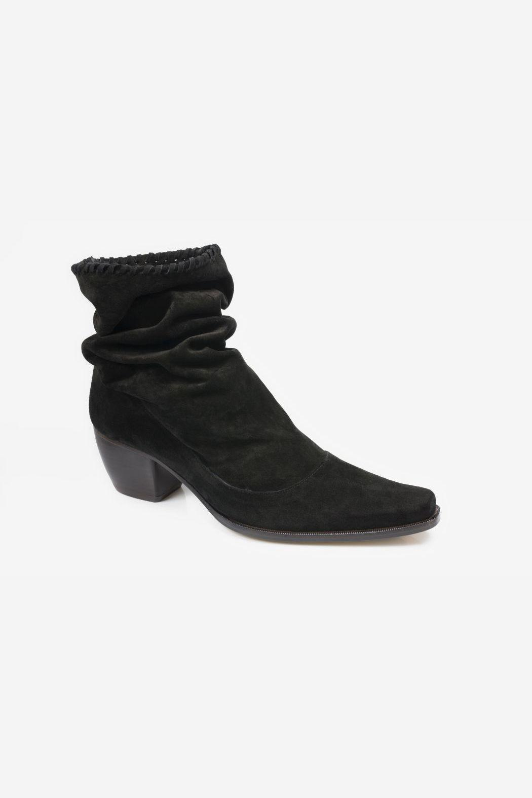 5yMedio Western Slouchy Bootie - Front Full Image