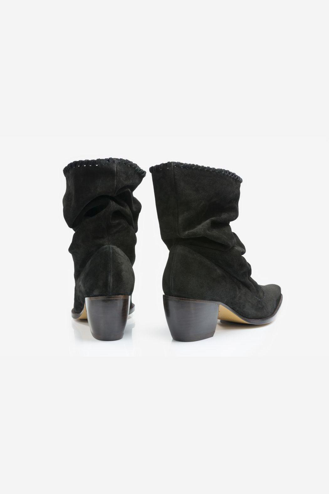 5yMedio Western Slouchy Bootie - Side Cropped Image