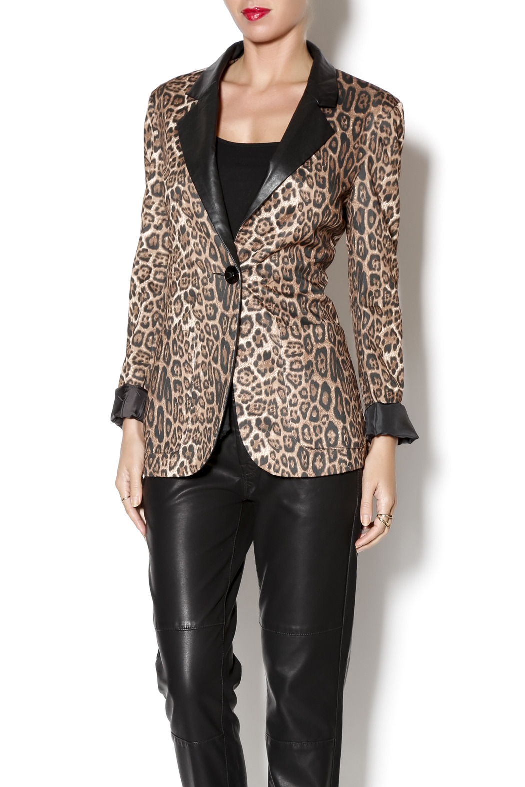Cecico Leopard Blazer - Front Cropped Image