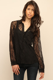 Cuffe Parade Chantlilly Lace Blouse - Front cropped