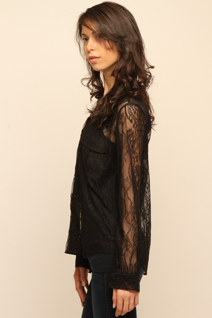 Cuffe Parade Chantlilly Lace Blouse - Side Cropped Image