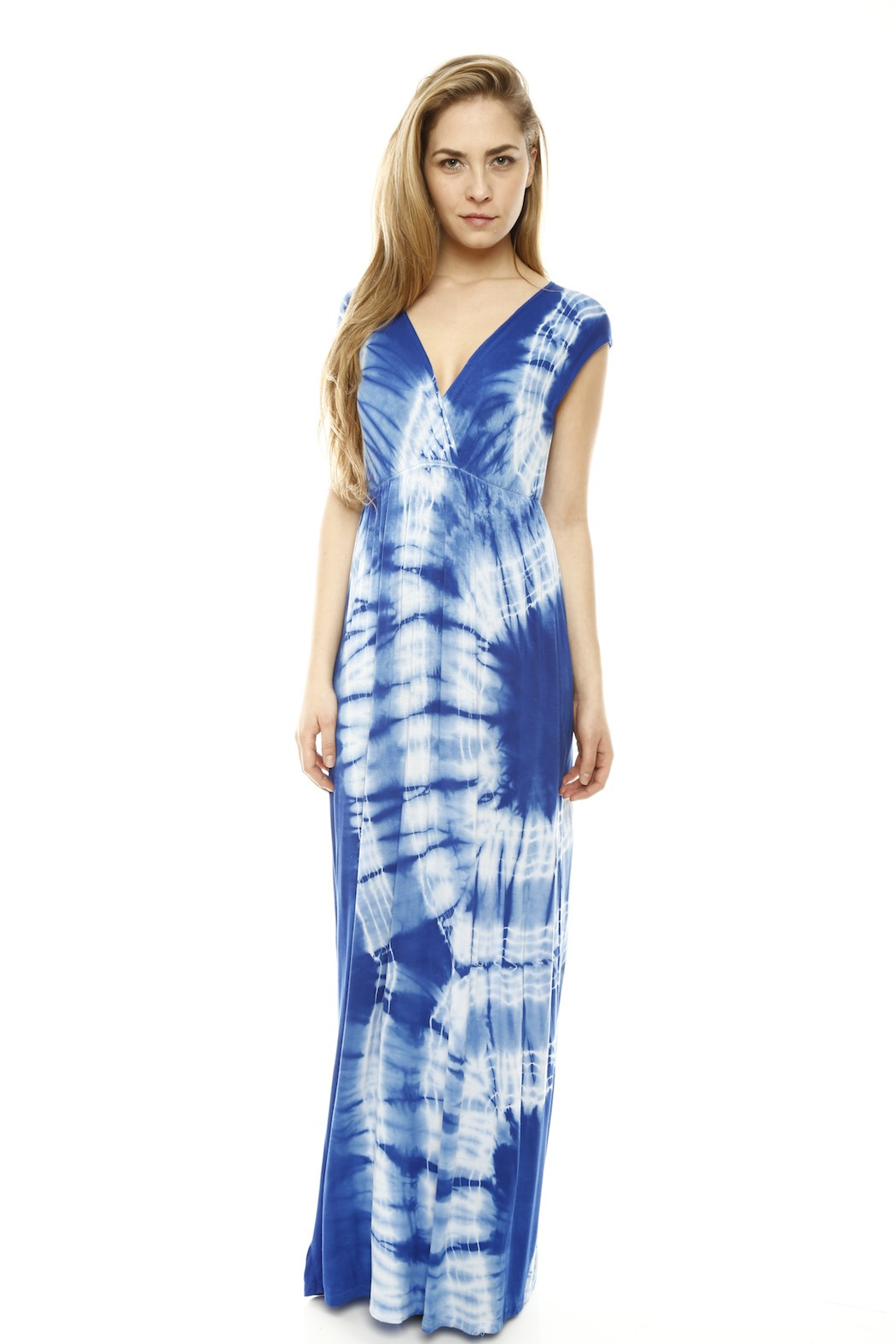 Girlfriends Tie-Dye Maxi Dress from Arizona by Girlfriends ...