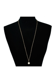 6th Borough Boutique Gold Pearl Necklace - Side cropped