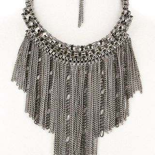 Shoptiques Crystal Beaded Necklace Set
