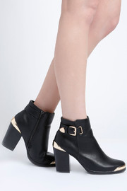 No Rest for Bridget Andrea Ankle Boots - Side cropped