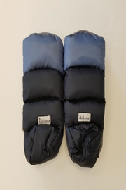 7AM Enfant Cozy Handwarmers - Front cropped