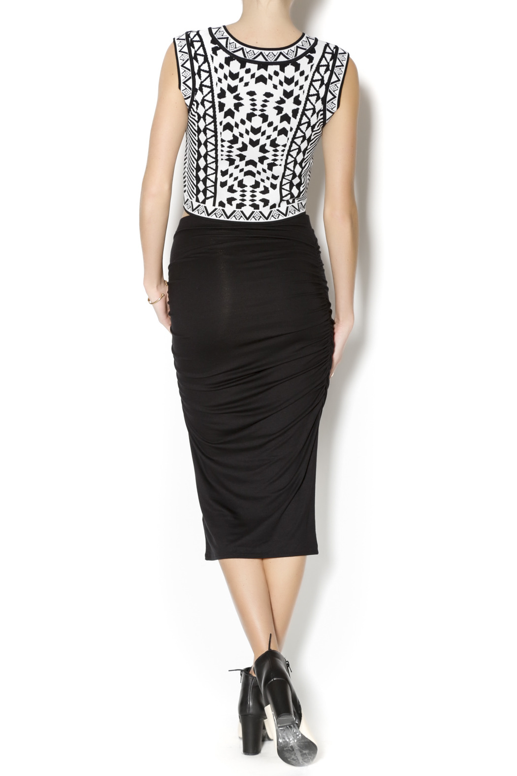 three dots ruched midi skirt from illinois by mie