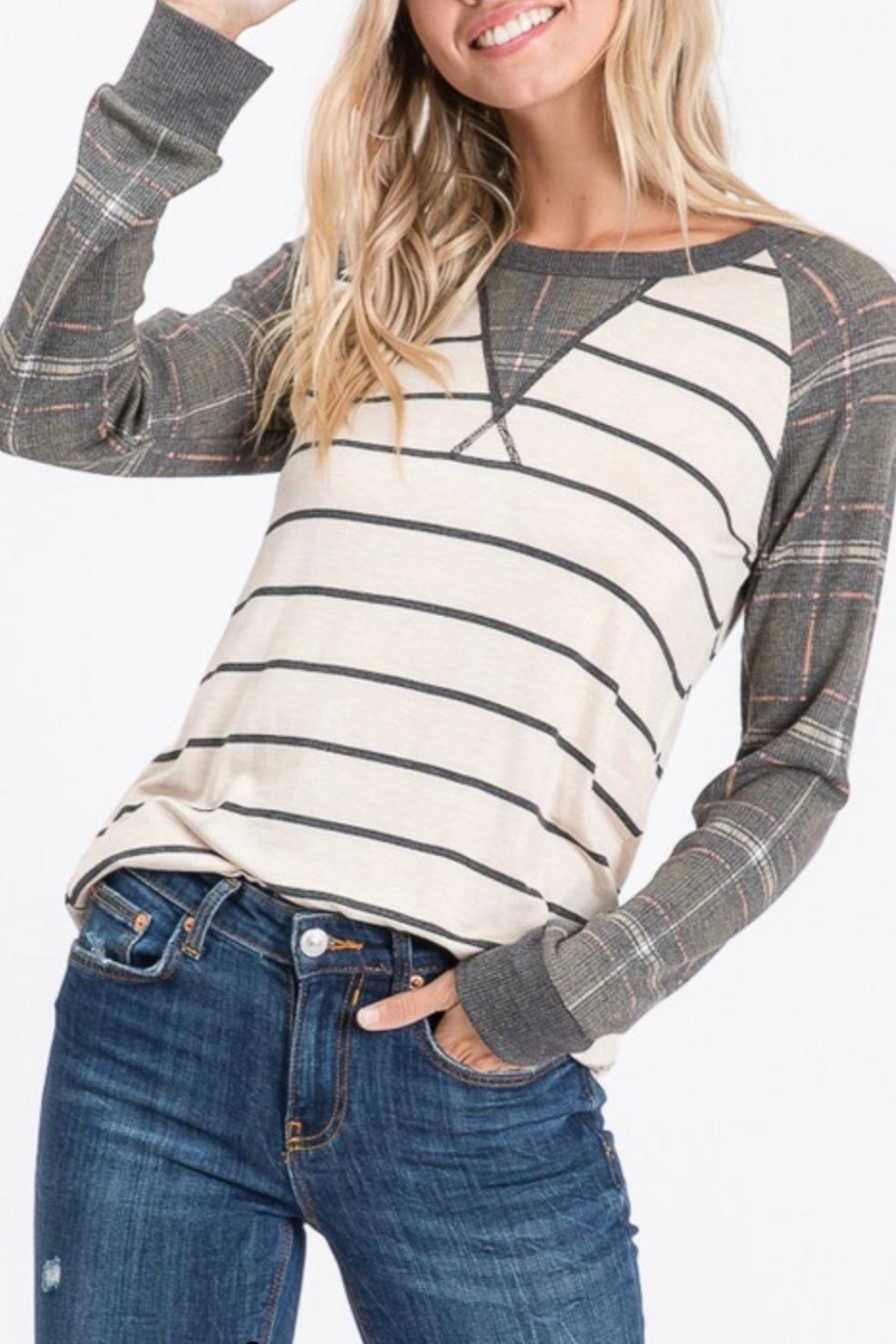 7th Ray Plaid Raglan-Sleeve Top - Front Full Image