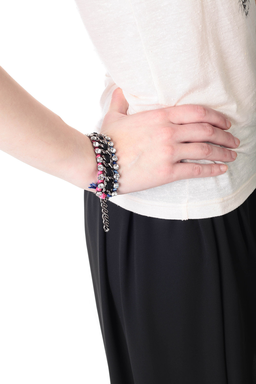 Showy Strass and Color Threads Cuff - Side Cropped Image