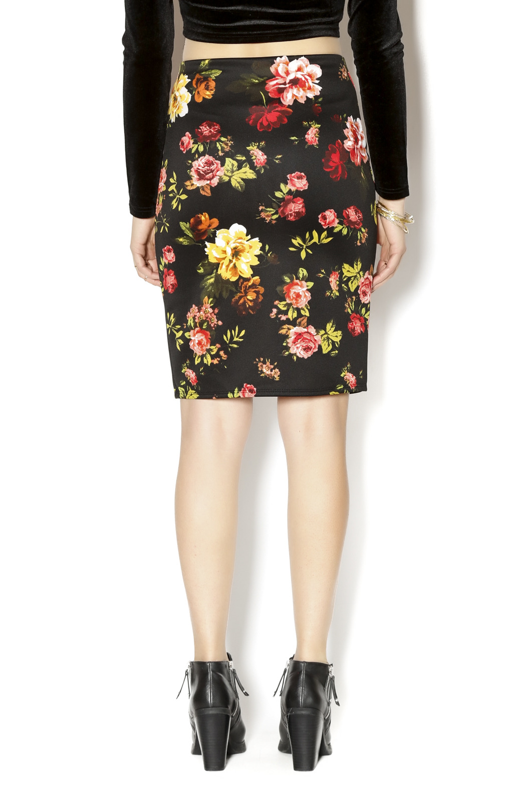 Ambiance Floral Pencil Skirt - Back Cropped Image
