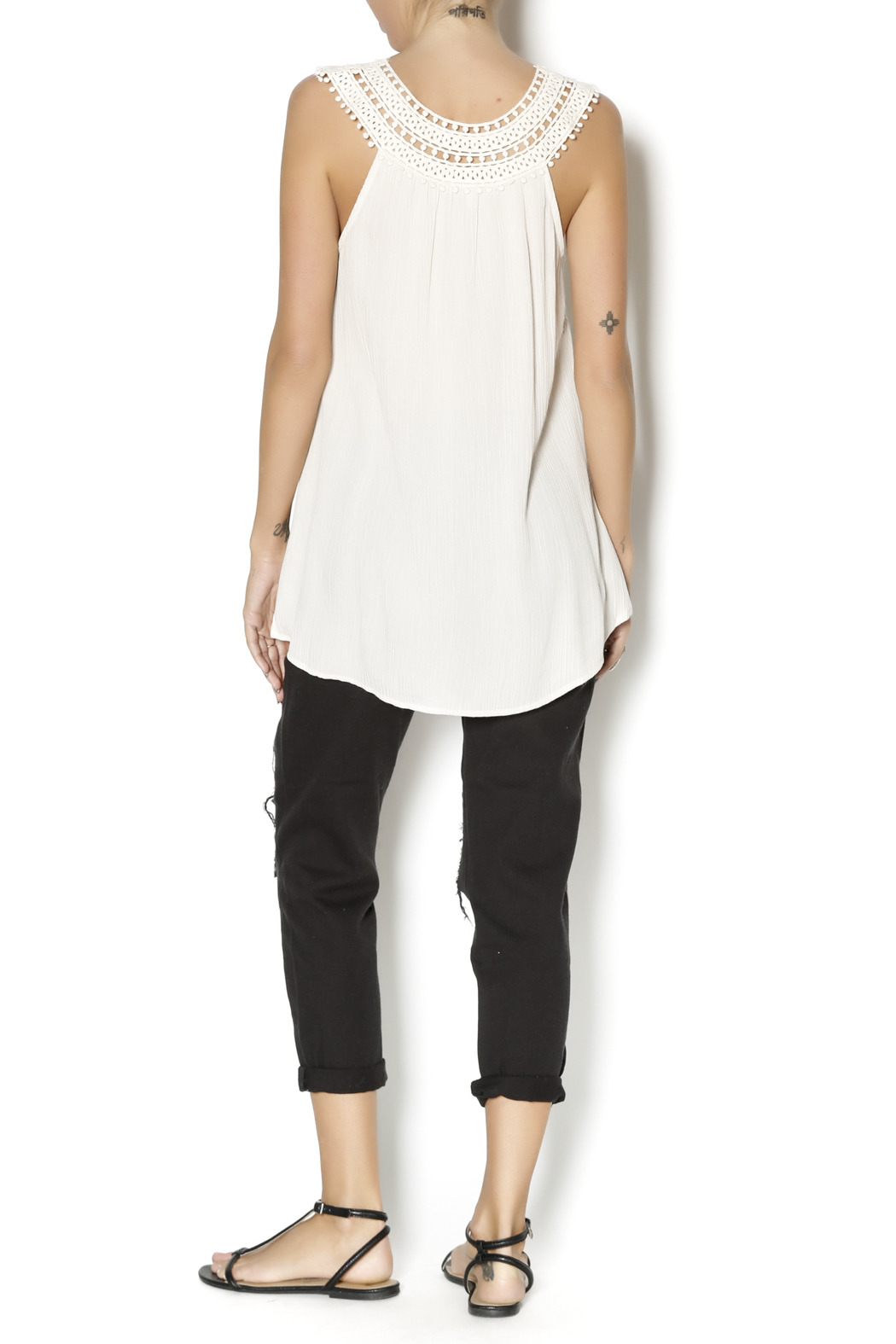 Blu Pepper Natural Rounded Top - Side Cropped Image