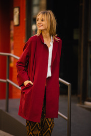 Pinkyotto Red cape Jacket - Front cropped
