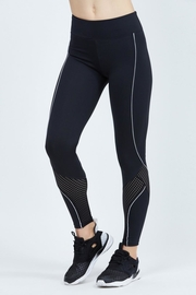 9two5 Fit Close Quarters Leggings - Product Mini Image