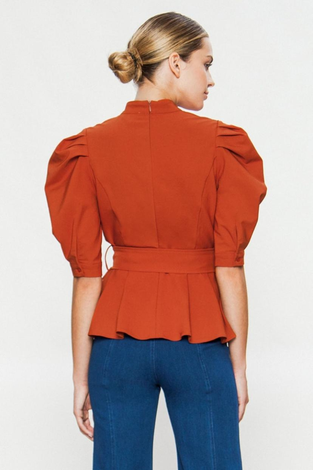 A. Calin Balloon Sleeve Top - Side Cropped Image
