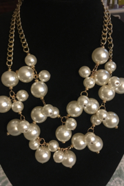 no brand A Cluster of Pearls Necklace (New) - Product Mini Image