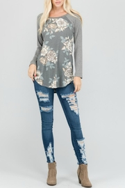 a.gain Floral Knit Baseball-Tee - Back cropped