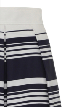 Martin Grant A-LINE PLEATED SKIRT - Alternate List Image