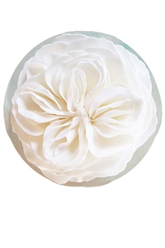 A'Marie's Bath Flower Shop Flower-Soap Honeysuckle Heirloom - Product List Image