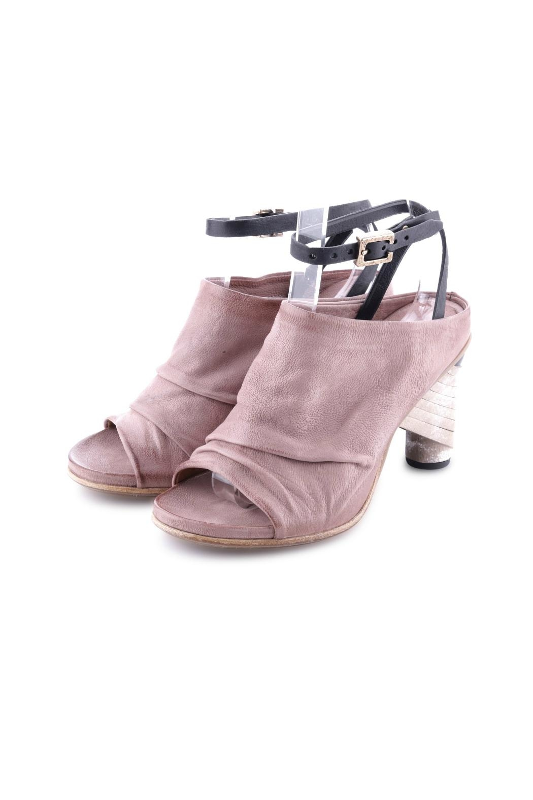 A S 98 Beautiful Heels From Canada By Labelle Shoptiques