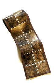 Diseño  Cowhide Table Runner - Product Mini Image