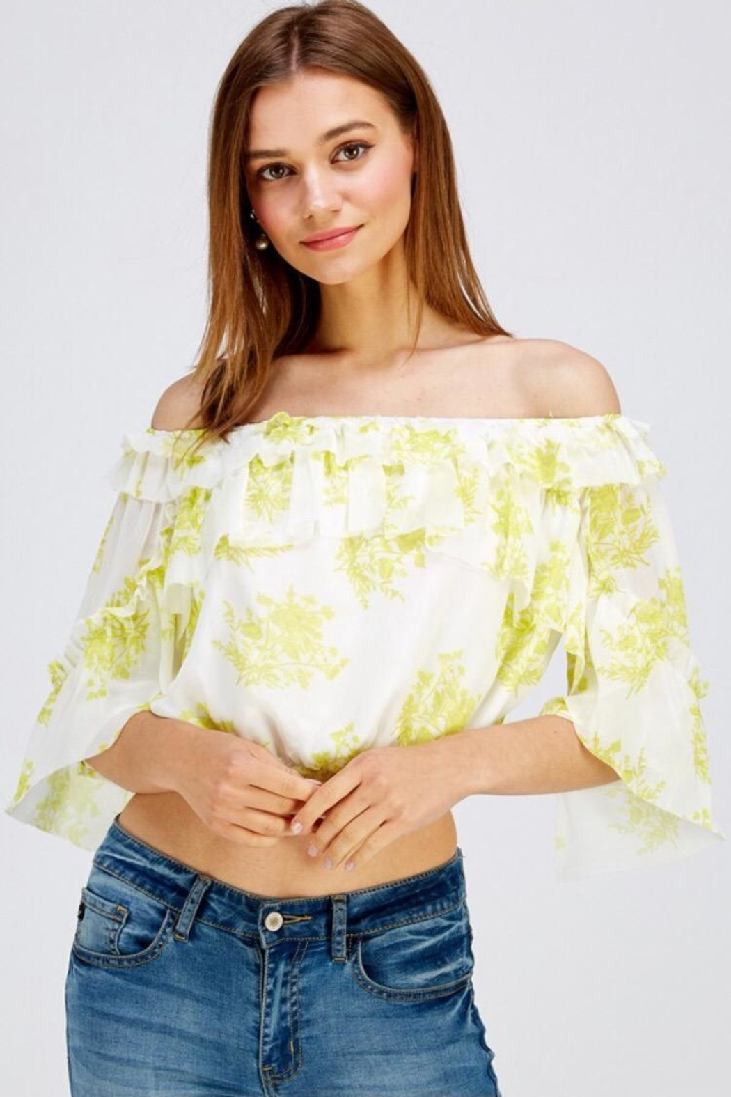 A Peach Floral Crop Top - Side Cropped Image
