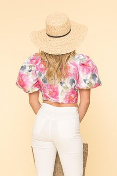 A Peach Floral Puff-Sleeve Top - Alternate List Image