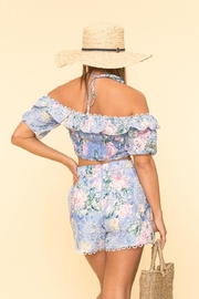 A Peach Floral Shorts Set - Side cropped