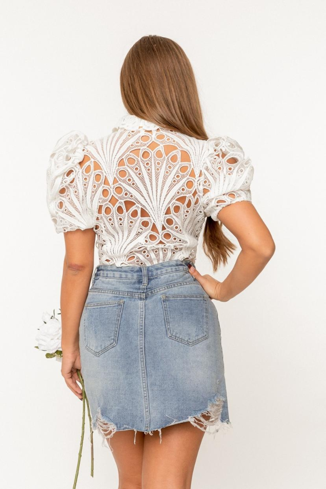 A Peach Guipure Lace Top - Side Cropped Image