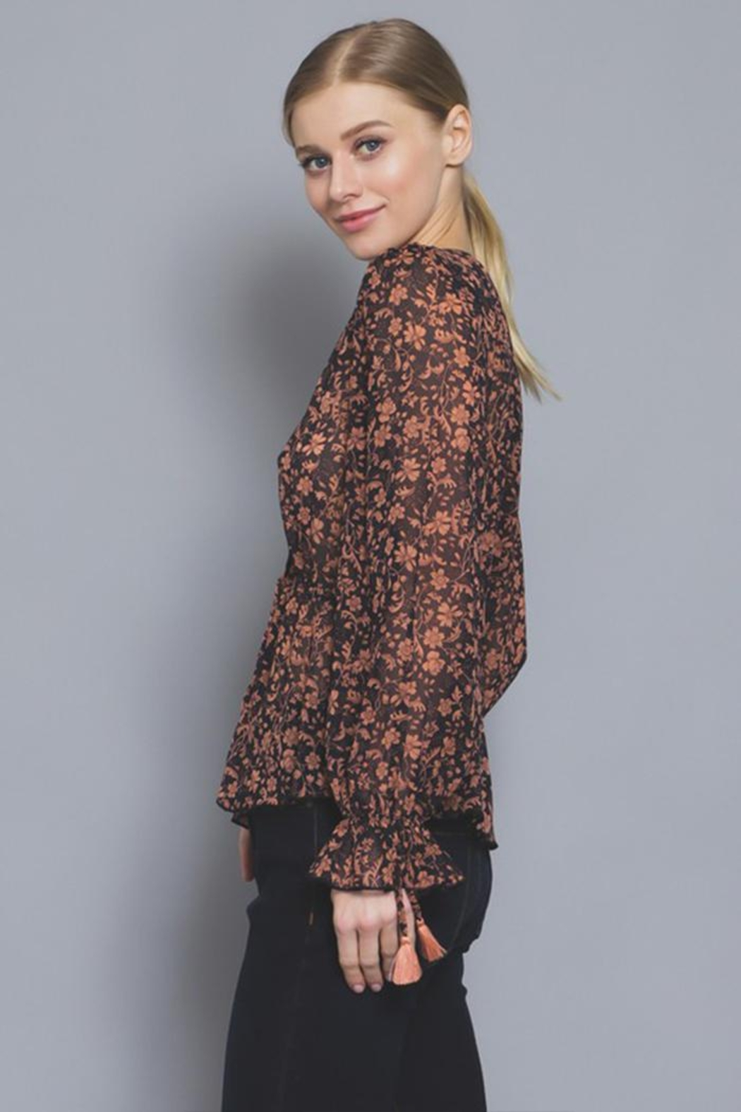 AAKAA Button Floral Blouse - Side Cropped Image
