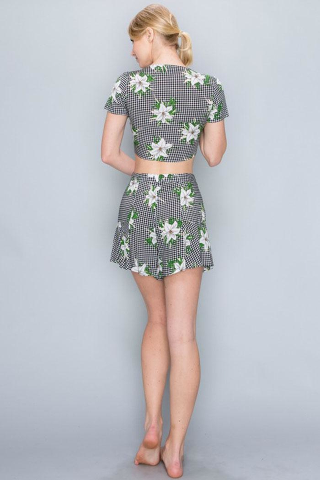 AAKAA Floral Short Set - Side Cropped Image