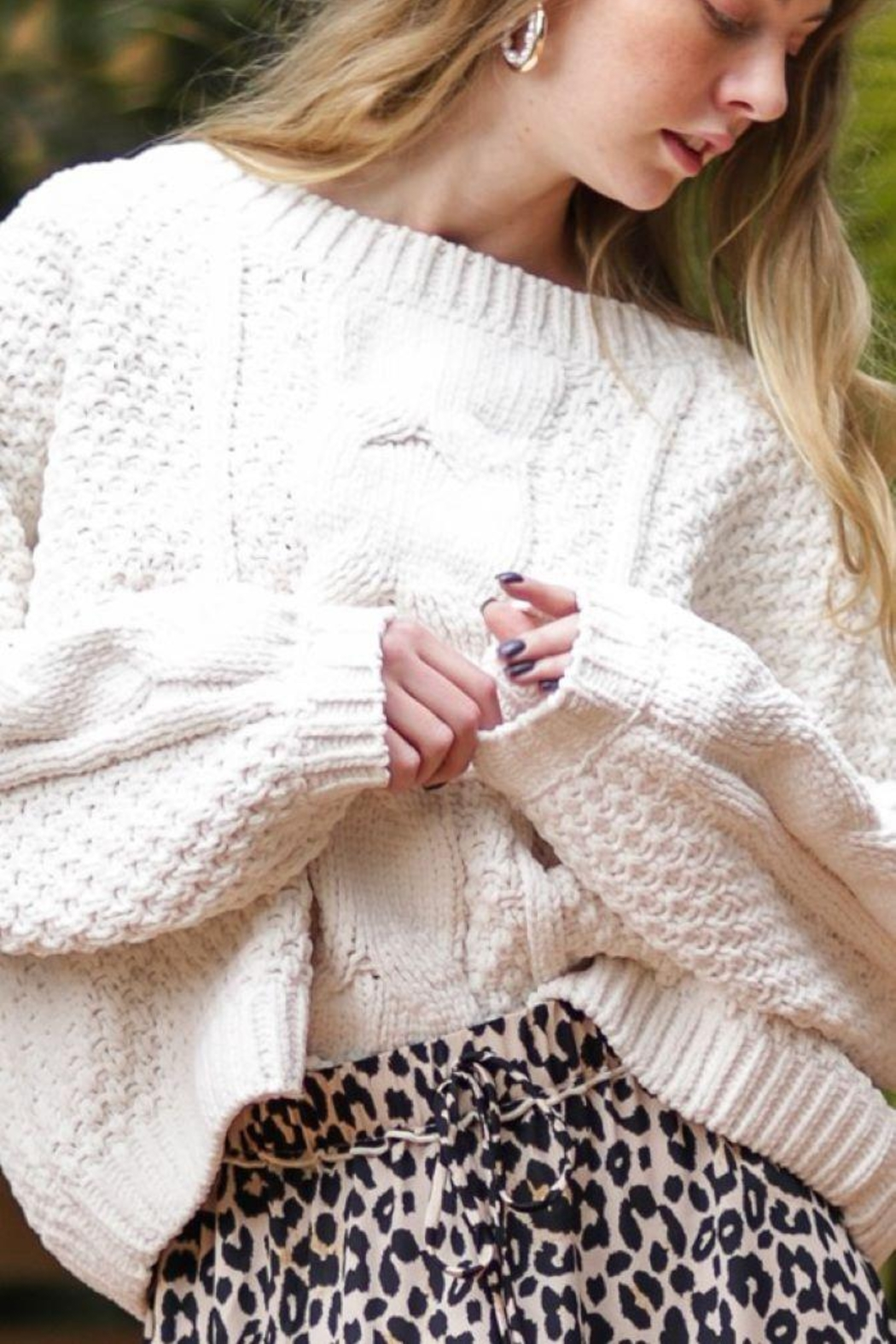 AAKAA Oversized Knitted Loose Sweater - Side Cropped Image