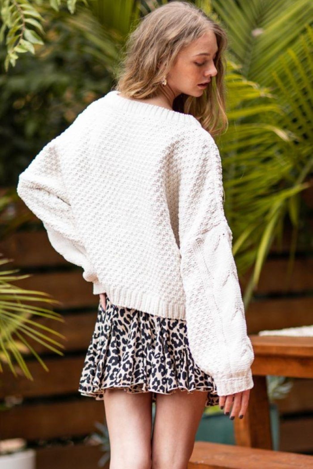 AAKAA Oversized Knitted Loose Sweater - Back Cropped Image