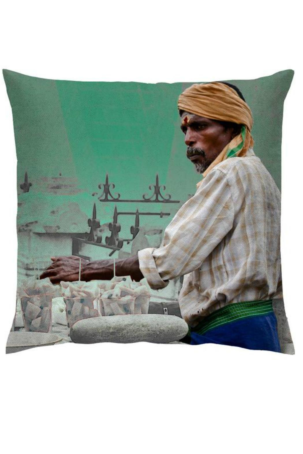 aaRaa Cotton Cushion Cover - Front Cropped Image