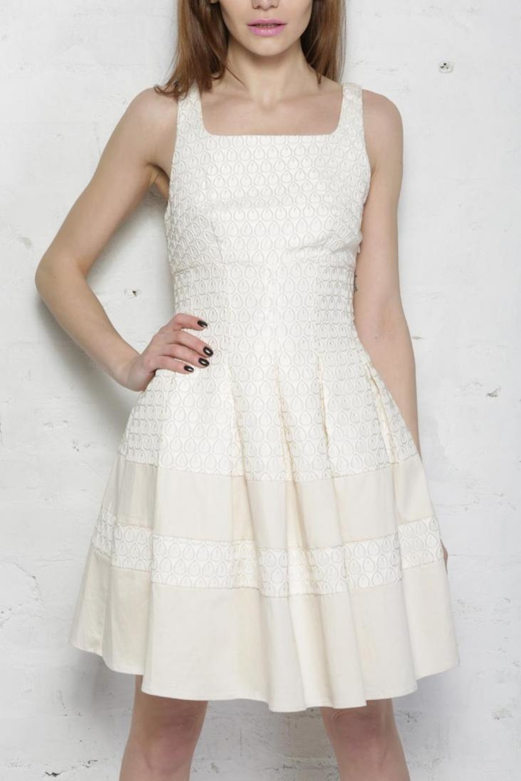 Darling Abbie Dress - Side Cropped Image
