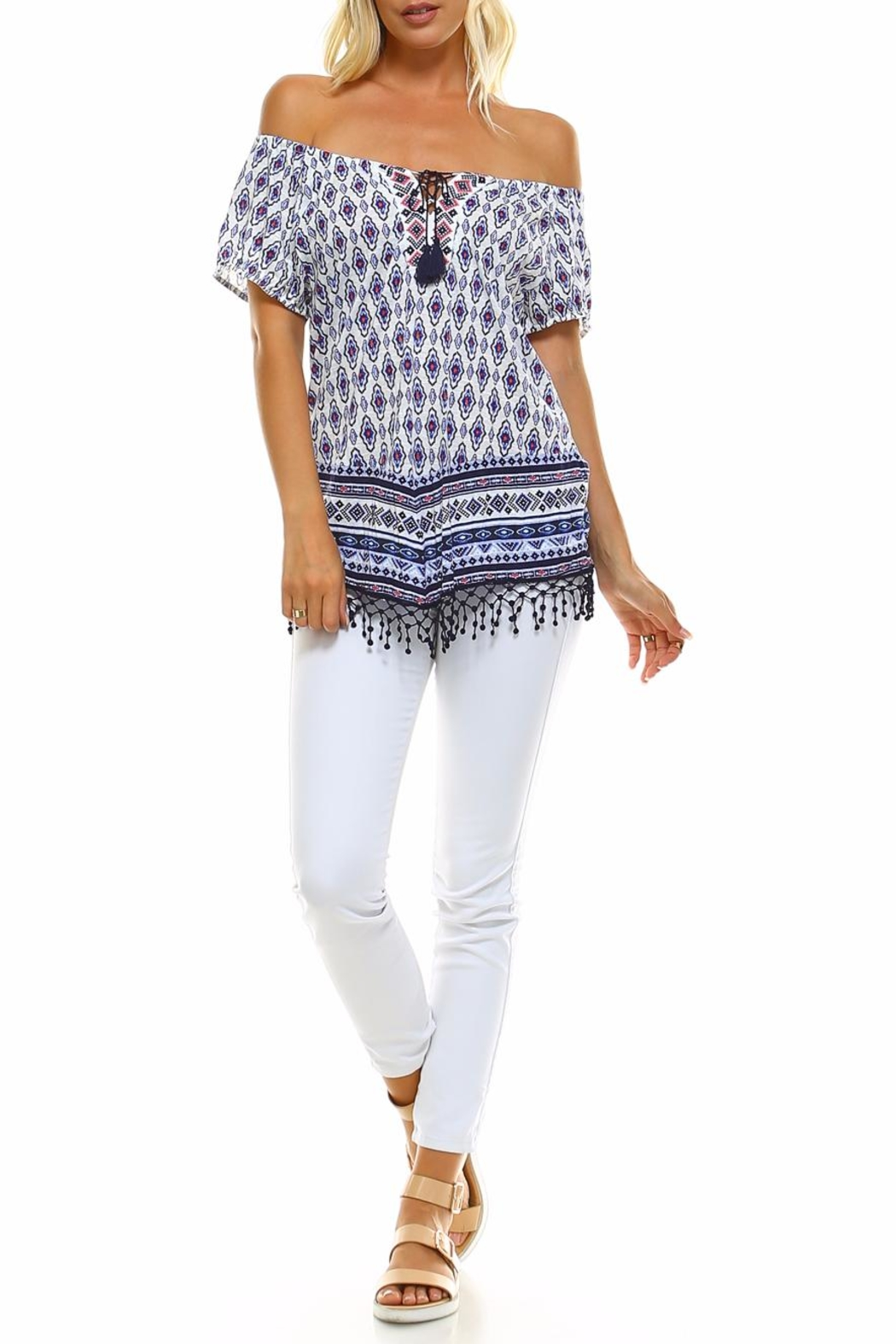 Absolutely Famous Hanky Hem Top - Side Cropped Image