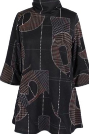 Damee Abstract patterned black tunic with 3/4 sleeves. - Product Mini Image