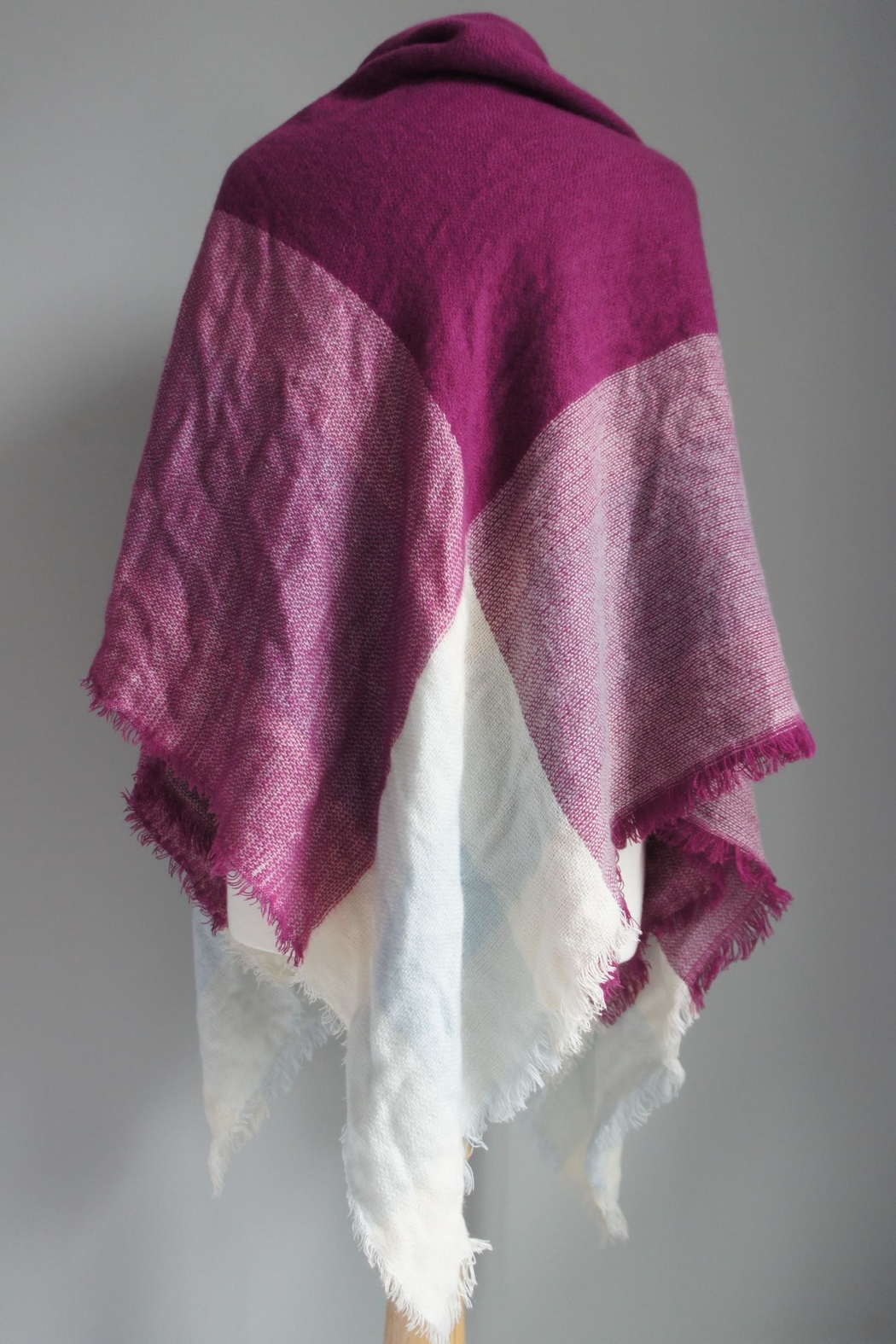 Accessory Concierge Blanket Shawl Scarf - Side Cropped Image