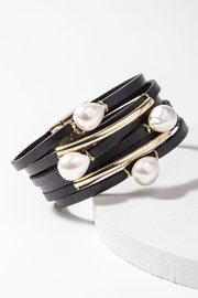 Saachi Achai Genuine Leather Bracelet with Pearls - Product Mini Image